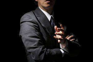ブログを始めて2年たっても月1万円稼げない現実と本業へのリスク